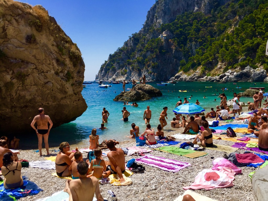 Hotels Near Isle Of Capri