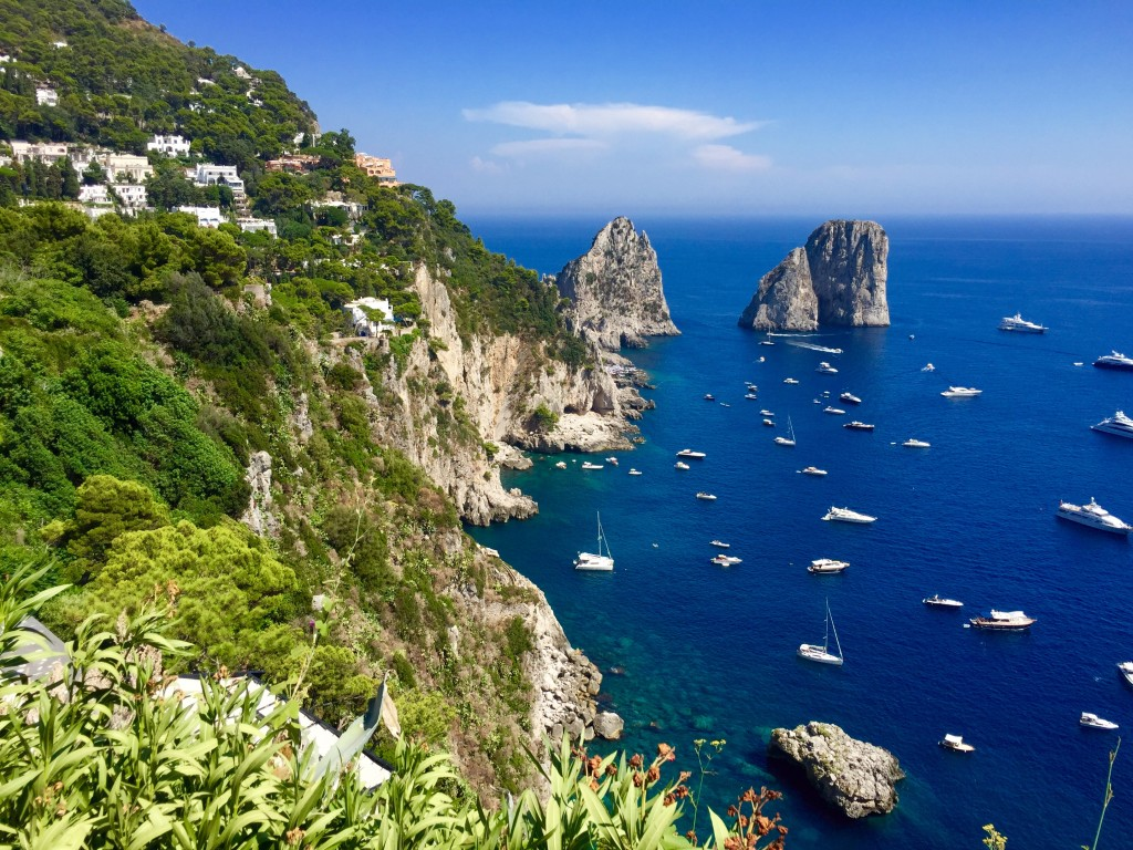 A day on the isle of capri travelynn tales for Isle of capri tours